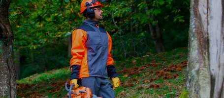 New chain-resistant protective clothing for hobbyists and professionals